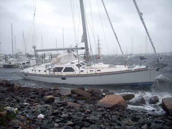 "Sailboat ""satisfaction"" on the rocks in new Bedford - hurricane Irene - www.WhalingCity.net"