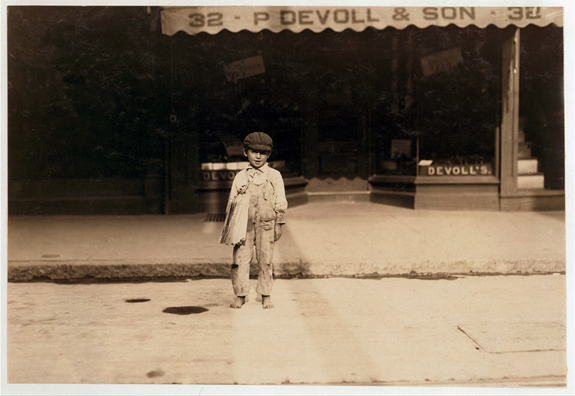 1911 Fernance Sylvia a 7 year old Newsboy in New Bedfod, Ma. www.WhalingCity.net